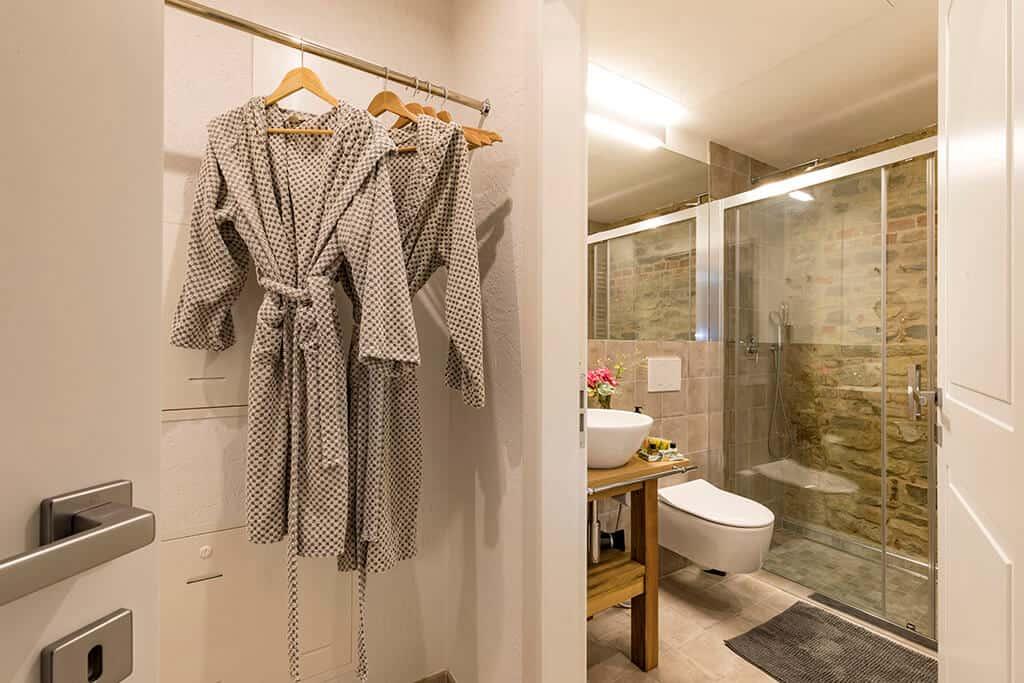 crudardi-bathroom